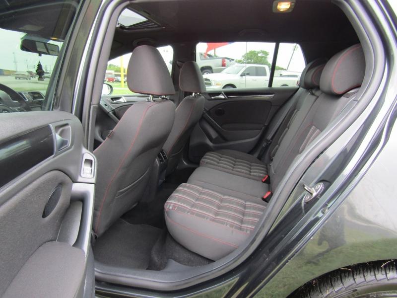 Volkswagen GTI 2011 price $8,940