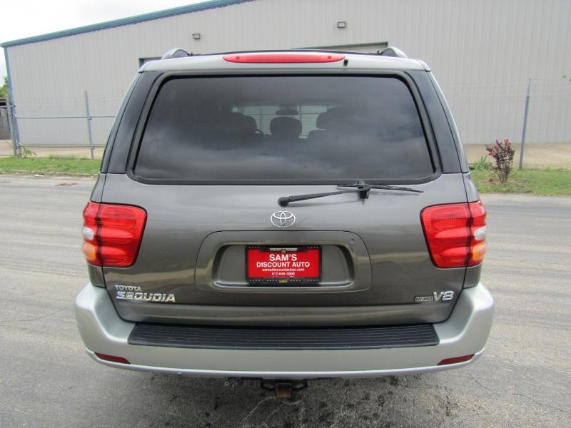 Toyota Sequoia 2003 price $6,944