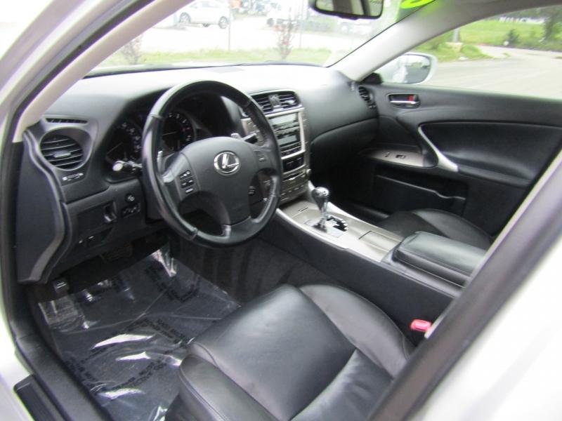 Lexus IS 250 2009 price $9,900