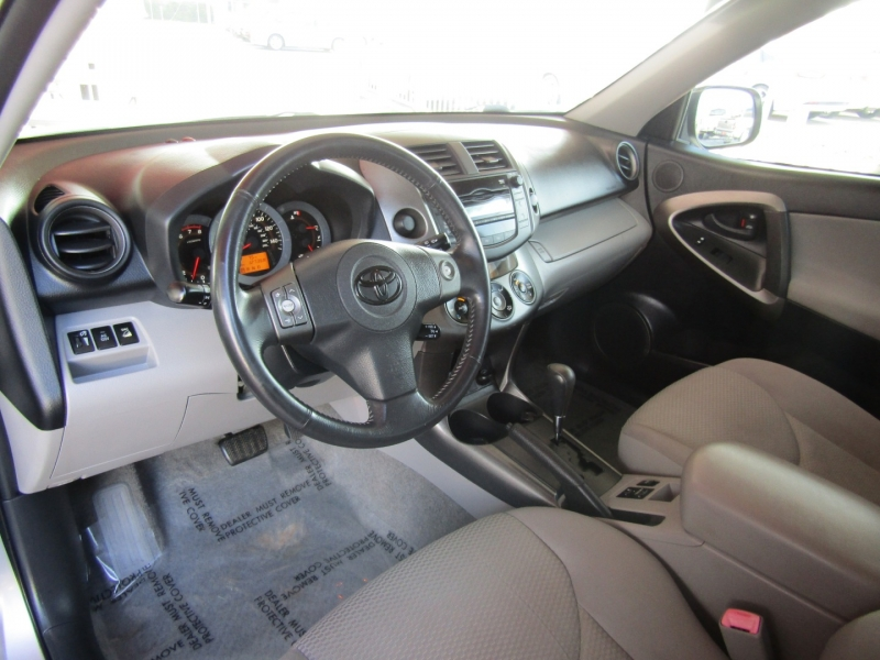 Toyota RAV4 2009 price $8,750