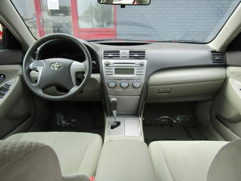 Toyota Camry 2011 price $7,750