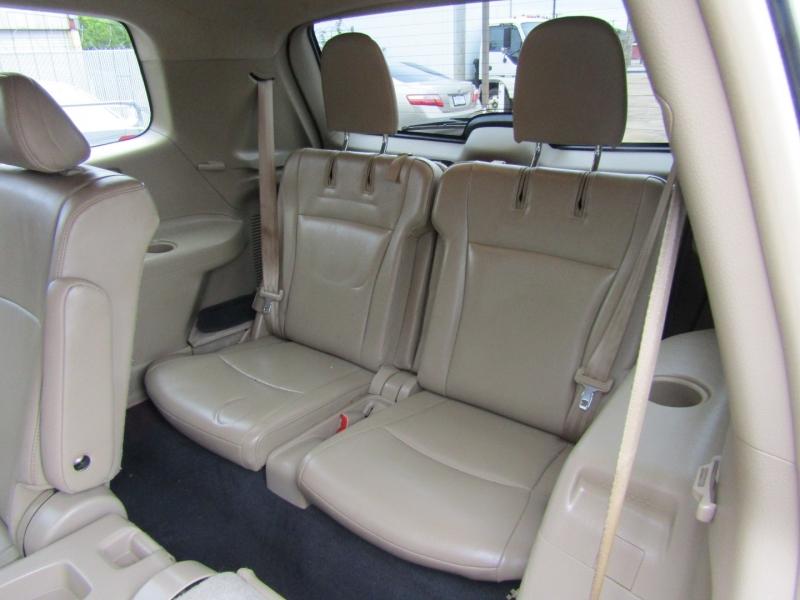 Toyota Highlander 2013 price $14,850