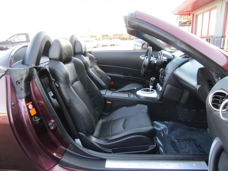 Nissan 350Z 2006 price $7,944