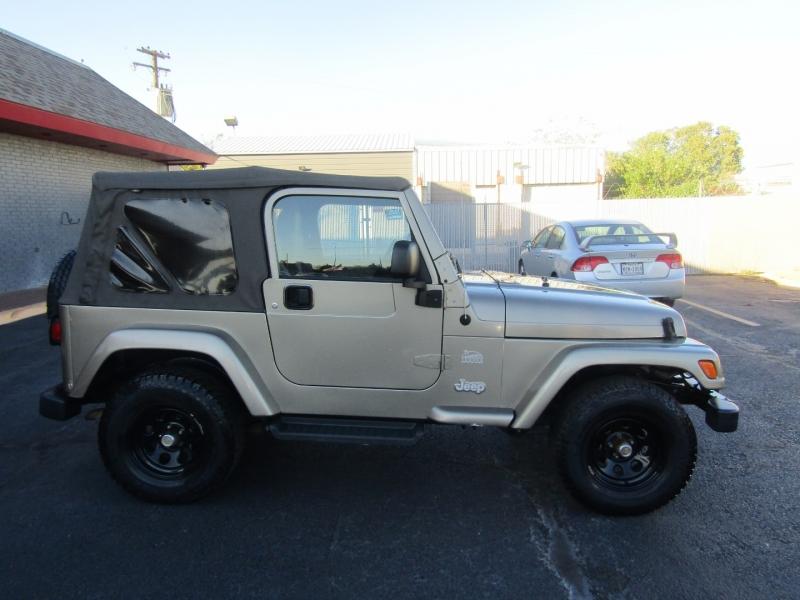 Jeep Wrangler 2004 price $11,650