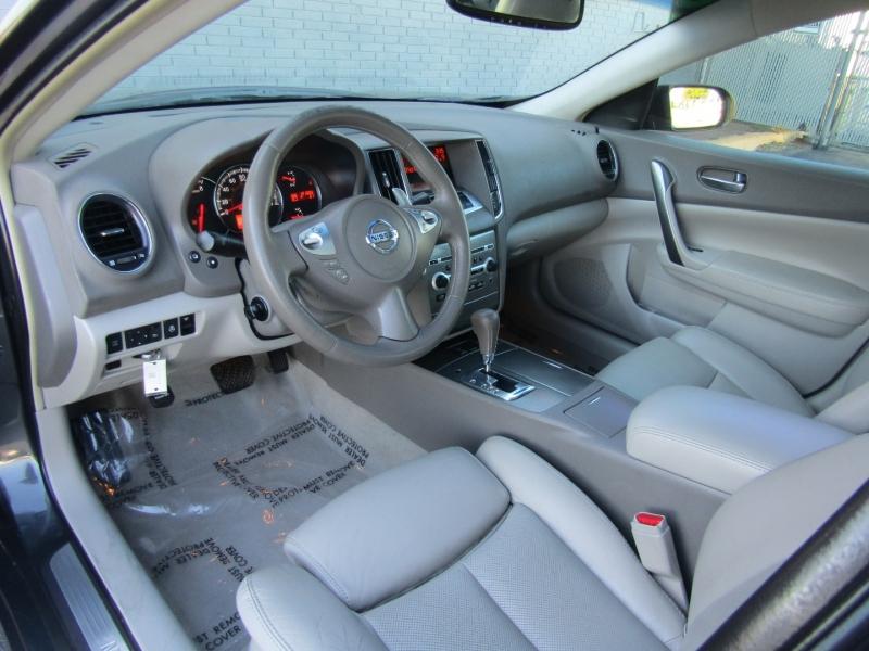 Nissan Maxima 2009 price $7,844