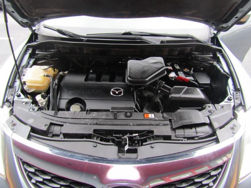 Mazda CX-9 2011 price $8,444