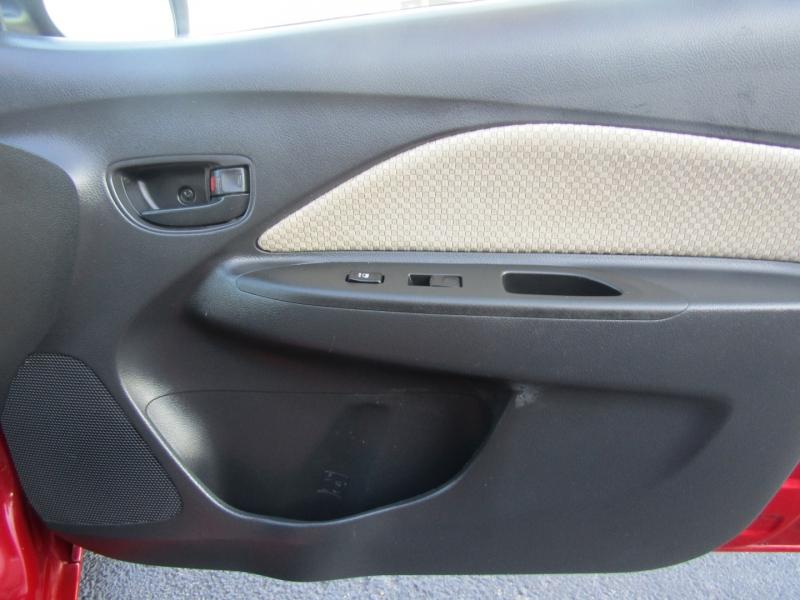 Toyota Yaris 2008 price $5,844