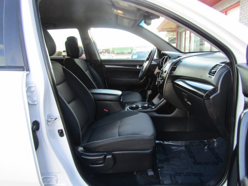 Kia Sorento 2013 price $8,750