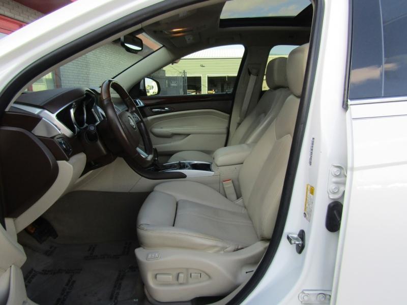 Cadillac SRX 2011 price $11,444