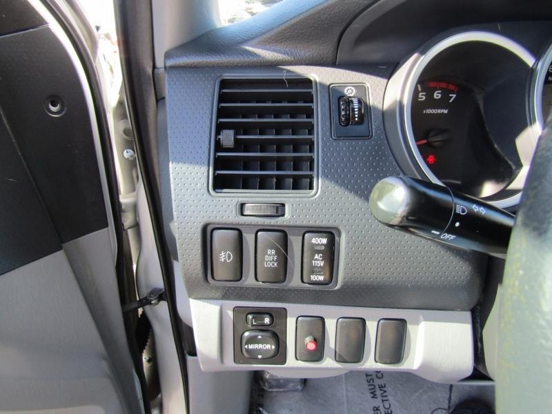 Toyota Tacoma 2007 price $11,450
