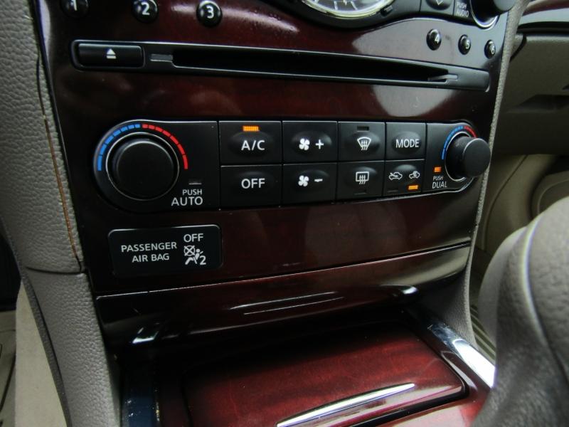 Infiniti G37 Sedan 2010 price $9,950