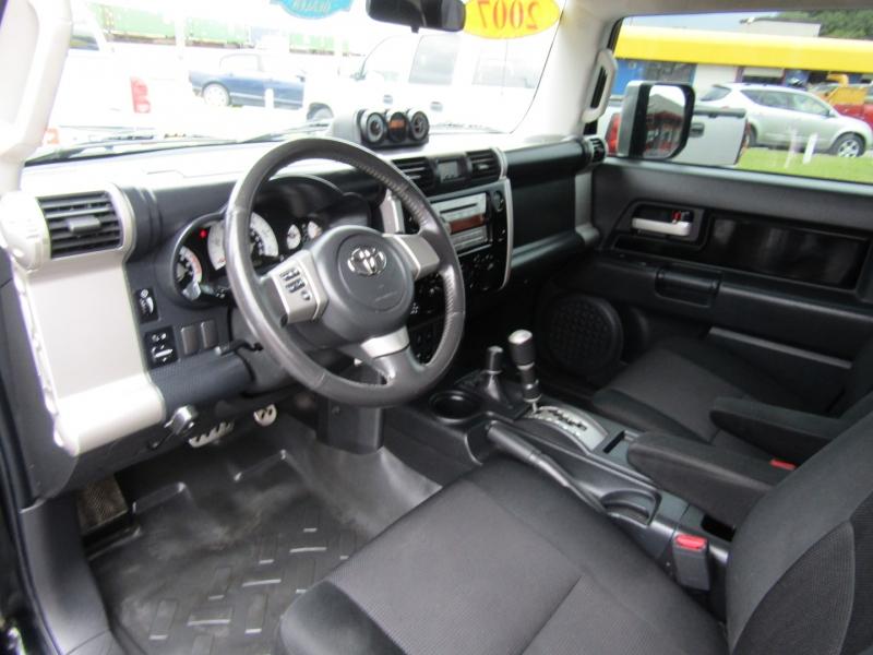 Toyota FJ Cruiser 2007 price $13,744