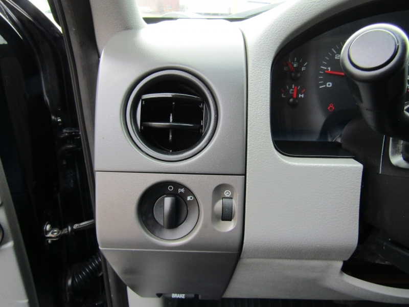 Ford F-150 2006 price $6,900