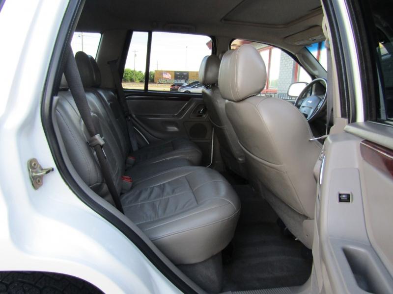 Jeep Grand Cherokee 2003 price $6,444