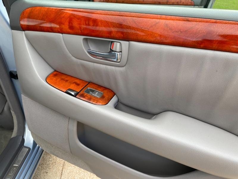 Lexus LS 430 2002 price $8,444