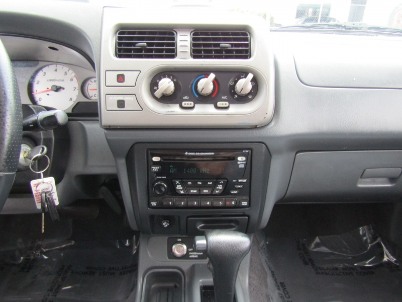 Nissan Frontier 2WD 2001 price $7,444