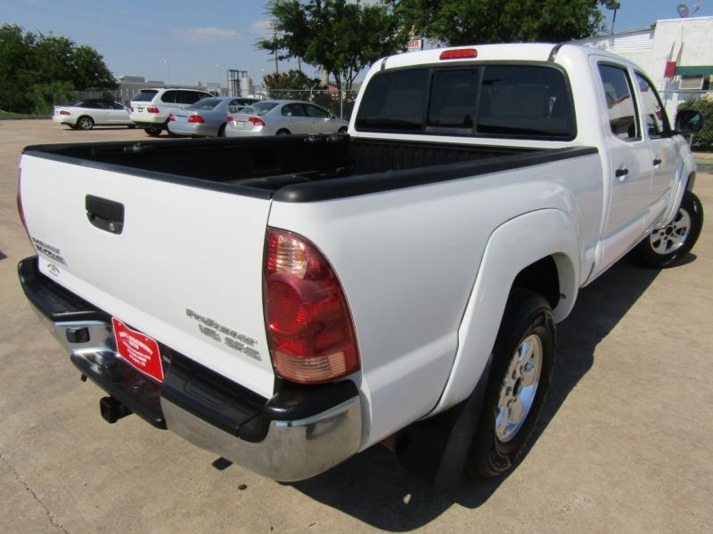 Toyota Tacoma 2006 price $16,944