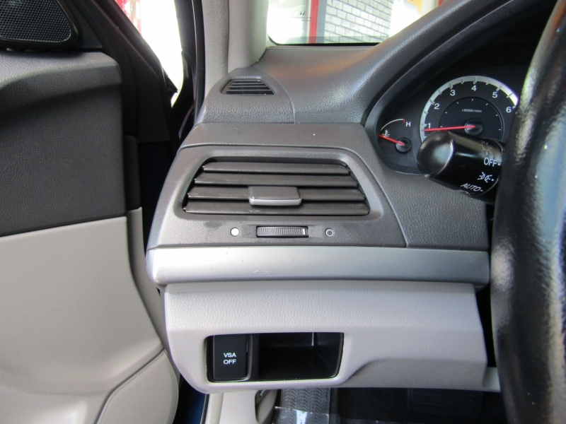 Honda Accord 2009 price $8,944
