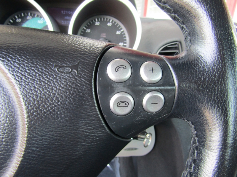 Mercedes-Benz SLK-Class 2006 price $8,944
