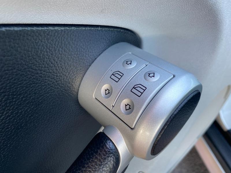 Mercedes-Benz SLK-Class 2005 price $14,444