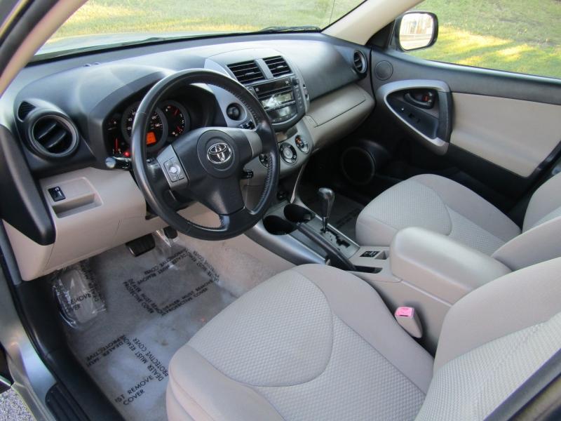 Toyota RAV4 2006 price $8,944