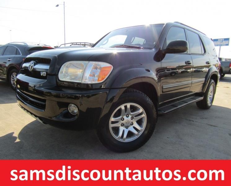 Toyota Sequoia 2006 price $10,444