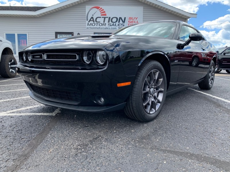 DODGE CHALLENGER 2018 price $28,000
