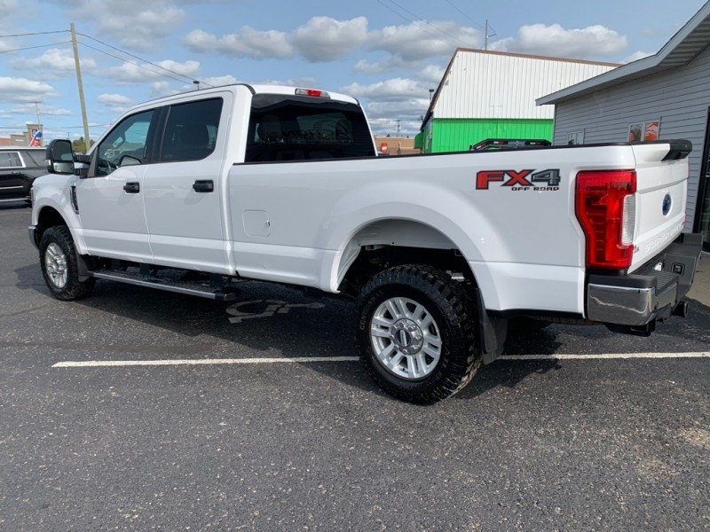 FORD F350 2018 price $41,000
