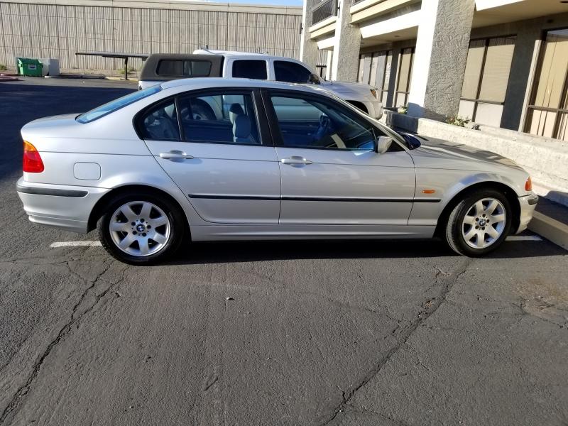 BMW 323 2000 price $3,450 Cash
