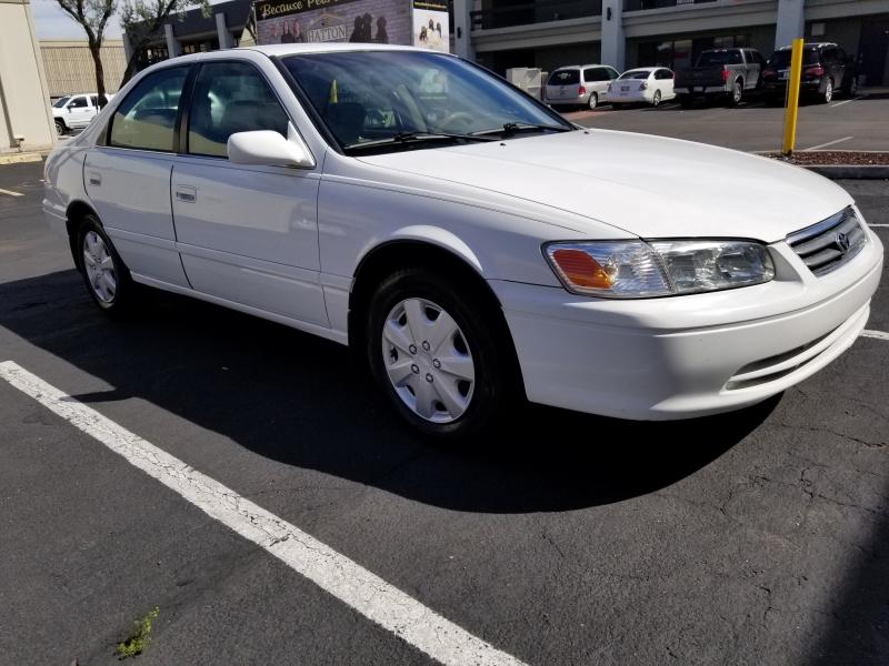 Toyota Camry 2000 price $3,450