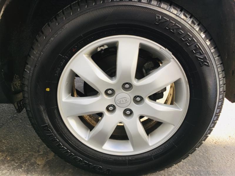 Kia Sorento 2011 price $6,970
