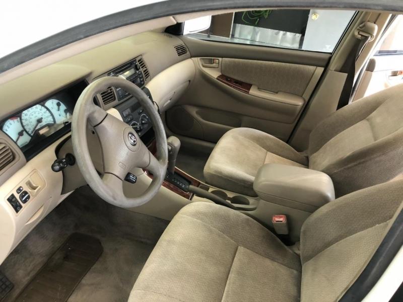 Toyota Corolla 2004 price $4,099