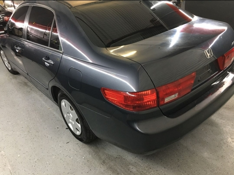 Honda Accord Sdn 2005 price Call for Pricing