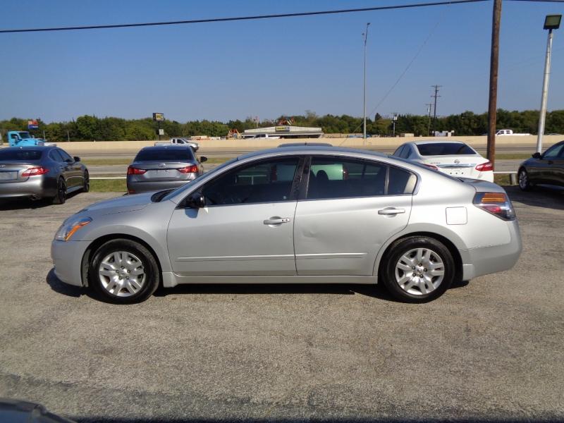 Nissan Altima 2012 price $6,995