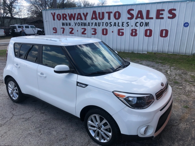 Kia Soul 2018 price $9,995