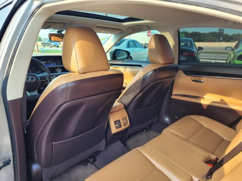 Lexus ES 350 2016 price $26,995