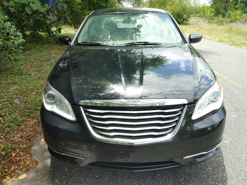 Chrysler 200 2014 price $10,250