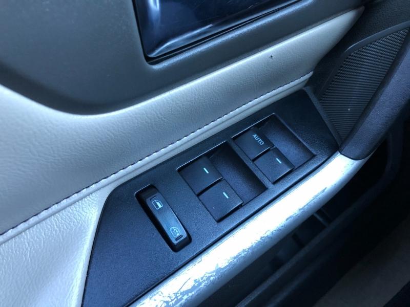 Ford Edge 2011 price $7,995