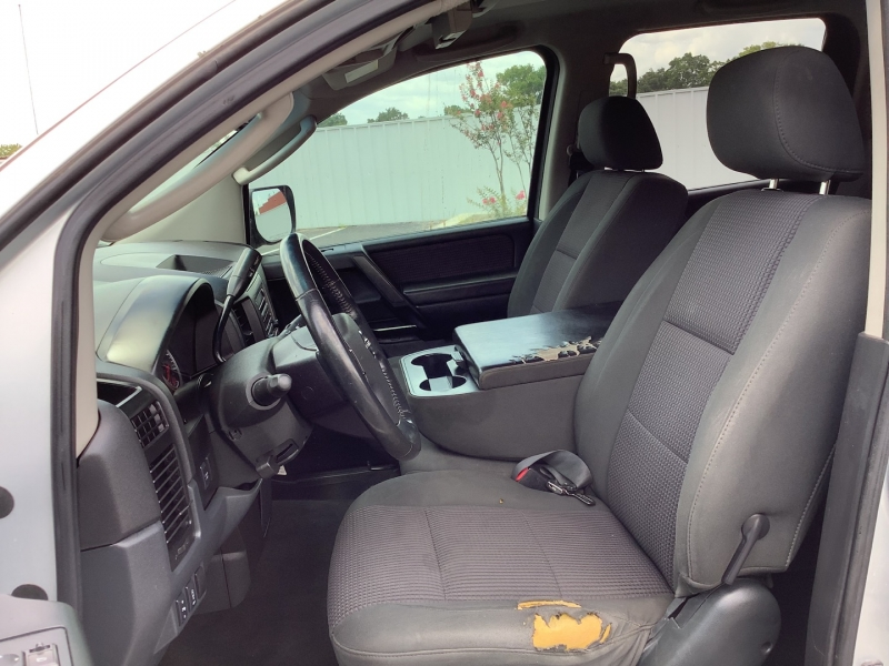 Nissan Titan 2009 price $8,995