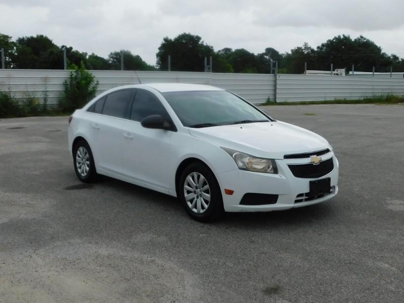 Chevrolet Cruze 2011 price $5,495