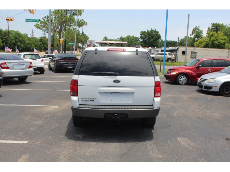 Ford Explorer 2003 price $2,495