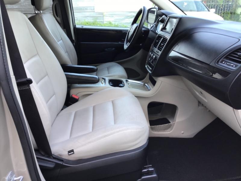 Dodge Grand Caravan 2013 price $5,995