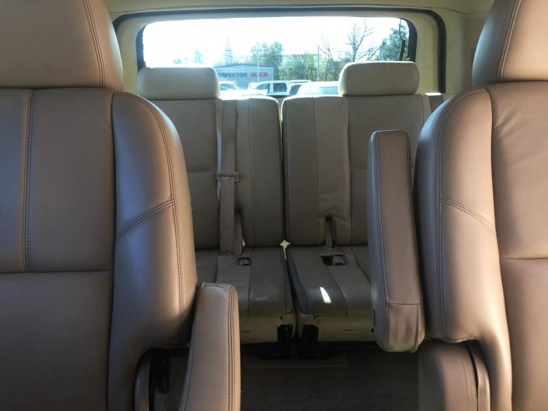 Chevrolet Tahoe 2011 price $8,995