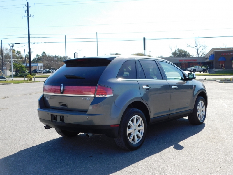 Lincoln MKX 2010 price $8,995