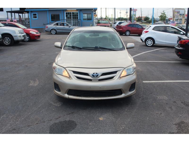 Toyota Corolla 2011 price $3,995
