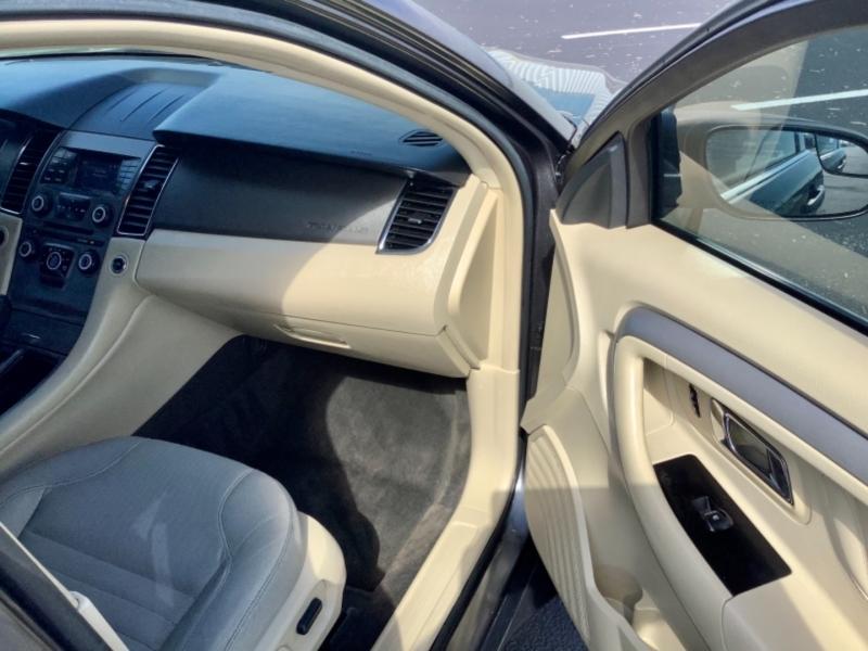 Ford Taurus 2015 price $9,995