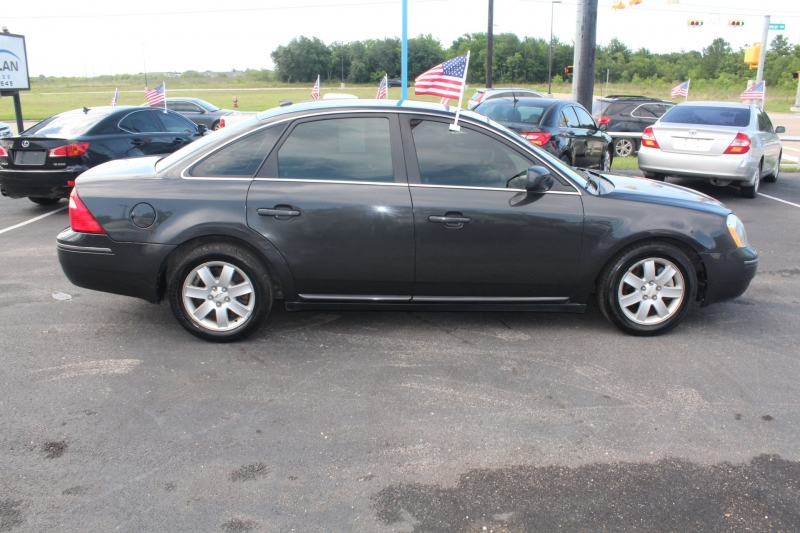 Ford Five Hundred 2007 price $3,995