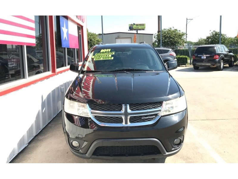 Dodge Journey 2011 price $6,995