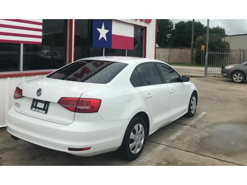 Volkswagen Jetta Sedan 2015 price $8,995