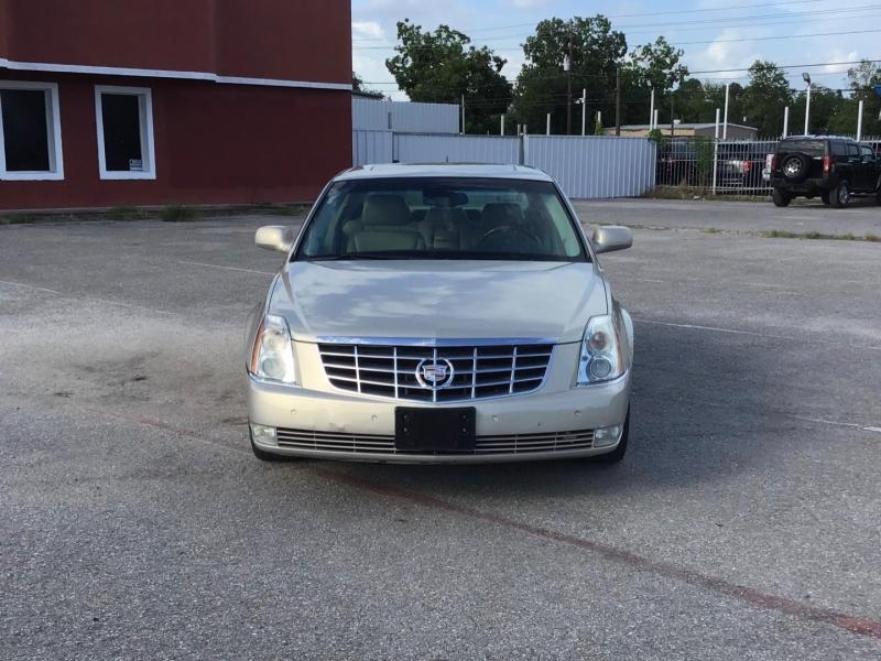 Cadillac DTS 2007 price $7,995